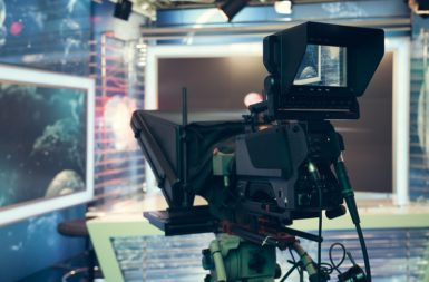 テレビCMの制作費相場|費用を抑えるポイントも解説
